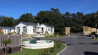 Oakwood Court, Bordon